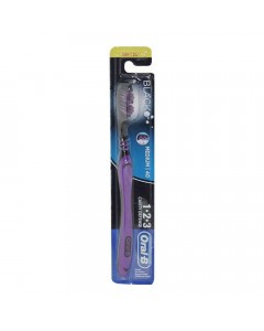 ORAL B CAVITY DEFENCE BLACK 123 MEDIUM TOOTHBRUSH 1.00 NO